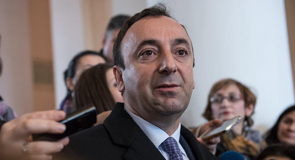 ԱԱԾ-ն Հրայր Թովմասյանի ընտանիքին ԱԱԾ կանչելու վերաբերյալ հայտարարություն է տարածել