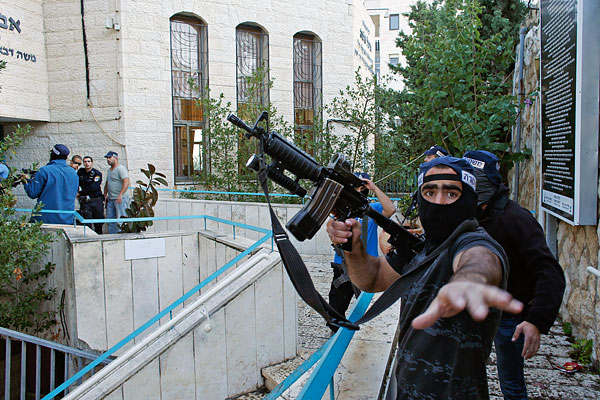 Իսրայելում ահաբեկչության հետևանքով 1 մարդ մահացել, 20-ը` վիրավորվել է