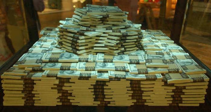Ոստիկանության աշխատակցի բանկային հաշիվներին միլիոններ կան. «Փաստ»