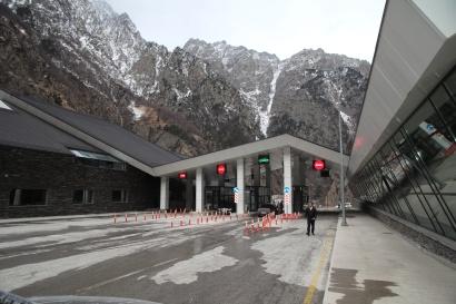 Ստեփանծմինդա-Լարս ավտոճանապարհը բաց է տրանսպորտային բոլոր միջոցների համար
