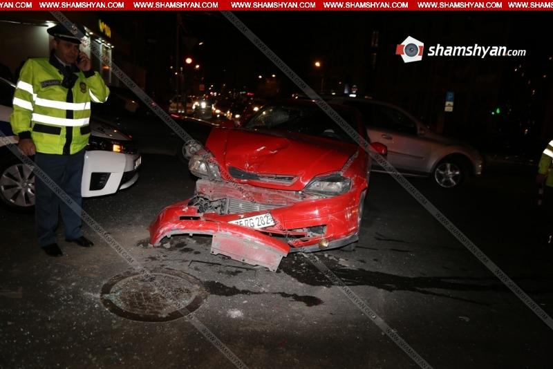 Խոշոր վթար Երևանում. տուժած ուղևորն արգելափակվել է մեքենայում  (լրացված)