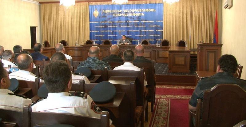 Վալերիյ Օսիպյանը ներկայացրել է ոստիկանության կրթահամալիրի նոր պետ Մուշեղ Բաբայանին