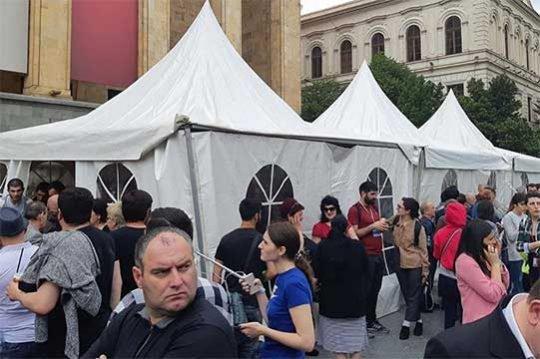 Թբիլիսիում շարունակվում են բողոքի ակցիաները