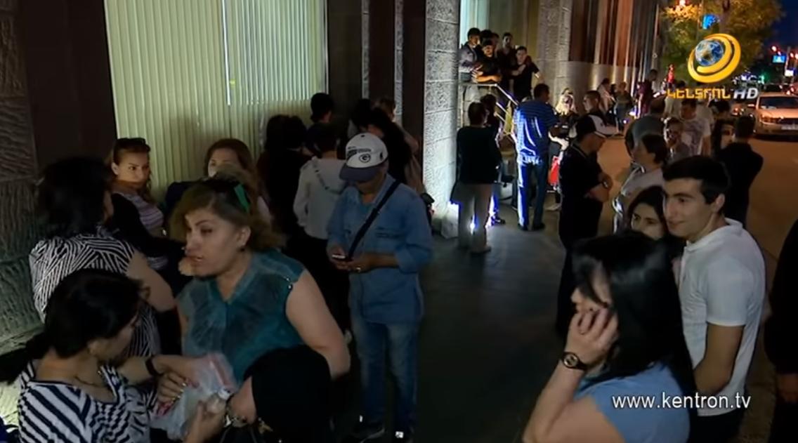 «Գագիկ Ծառուկյան» հիմնադրամի աջակցությամբ հարյուրավոր զինծառայողների ծնողներ մեկնել են Արցախ