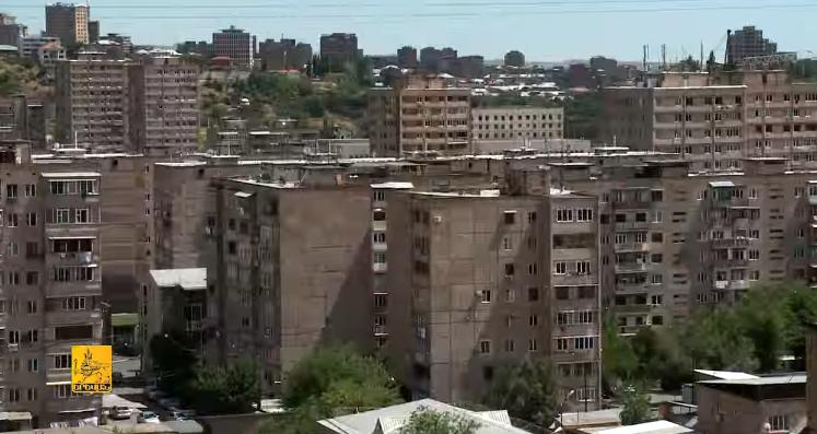 Երևանում 9-14 հարկանի 90 շենքի տանիքներին արևային համակարգեր կտեղադրվեն