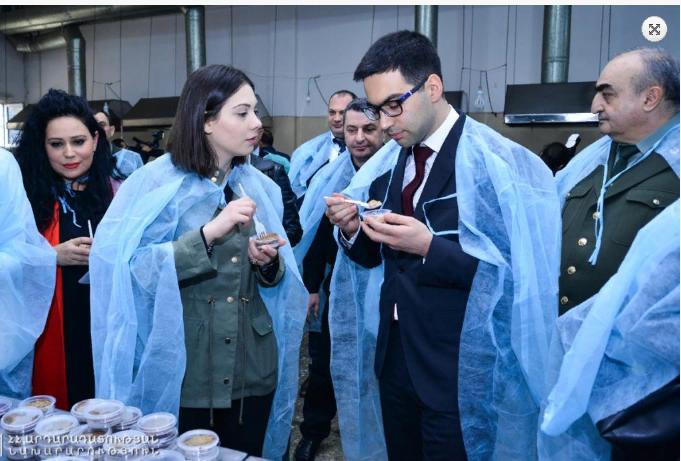 Ռուստամ Բադասյանը  մասնակցել է «Արմավիր» ՔԿՀ-ում պահվող անձանց համար պատրաստվող սննդի համտեսին
