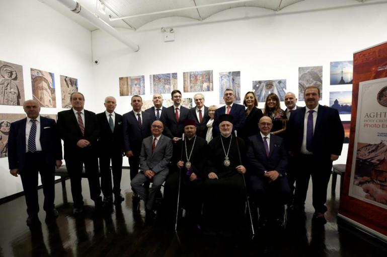 Նյու Յորքում տեղի է ունեցել Աղթամարի Սուրբ Խաչ եկեղեցու լուսանկարների ցուցահանդեսը