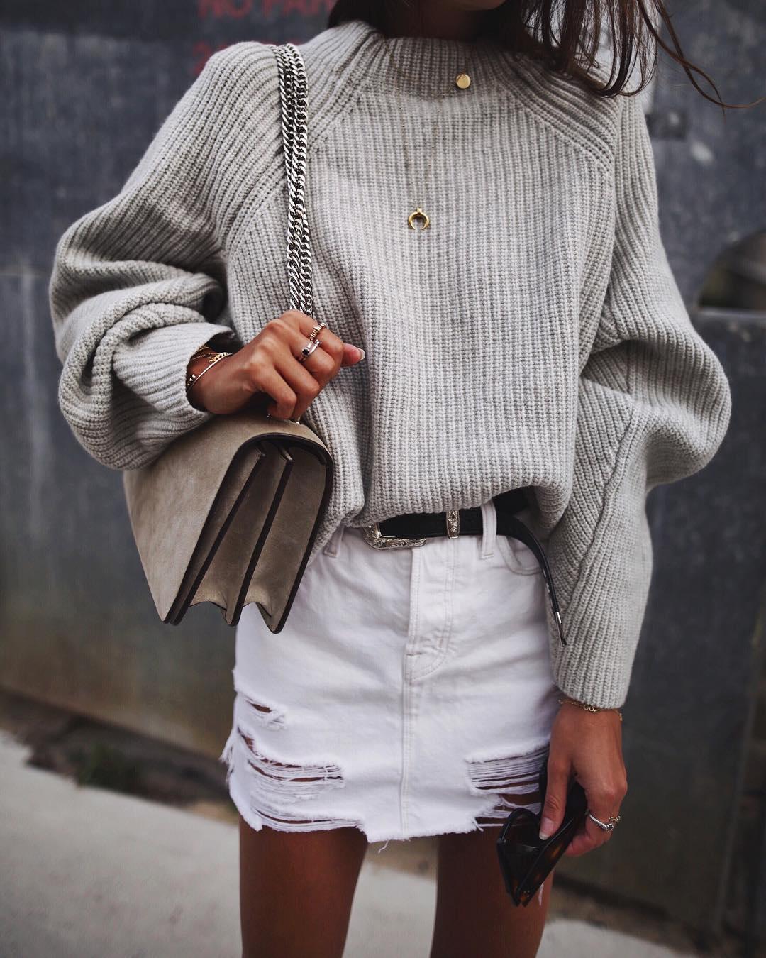 Ինչի հետ կրել այս սեզոնի թրենդը համարվող սվիտերները (լուսանկարներ)