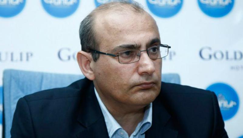 ՀՀ վարչապետը քիթն ամեն տեղ չպետք է մտցնի. Ստեփան Դանիելյան