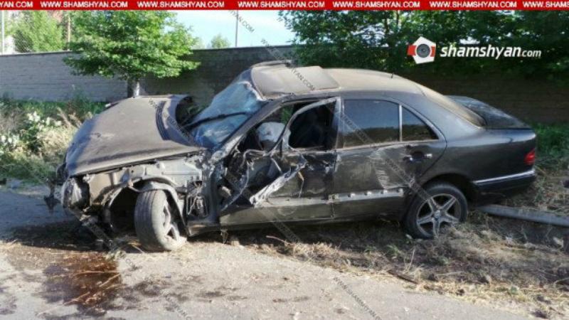 Մեքենան բախվել է էլեկտրասյանն ու վնասել գազի խողովակը. կան վիրավորներ