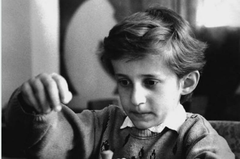 Լևոն Արոնյանը մանկության լուսանկար է հրապարակել