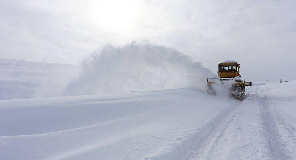 ՀՀ տարածքում կան փակ և դժվարանցանելի ավտոճանապարհներ. Վարդենյաց լեռնանցքը բեռնատարների համար փակ է