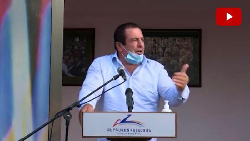 Գագիկ Ծառուկյանը հանդիպել է «Բարգավաճ Հայաստան» կուսակցության Աջափնյակի տարածքային կառույցի ներկայացուցիչների և համակիրների հետ