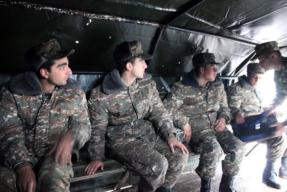 Առաջնագծի զինվորները (լուսանկարներ)