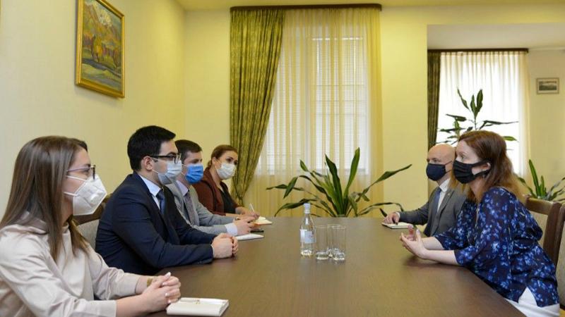 Ռուստամ Բադասյանն ընդունել է Միացյալ Թագավորության գործերի ժամանակավոր հավատարմատարին