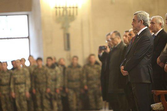 Սերժ Սարգսյանը ներկա է գտնվել Հայրենիքի և հայրենյաց պաշտպան զինվորների համար մատուցված միասնական աղոթքին