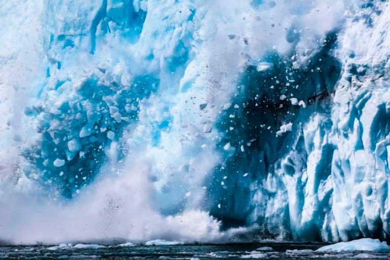 Գրենլանդիայում նկարահանել են հսկայական սառցաբեկորի ճեղքումը