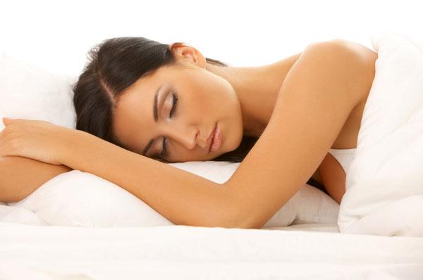 Ինչով է վտանգավոր փորի վրա քնելը