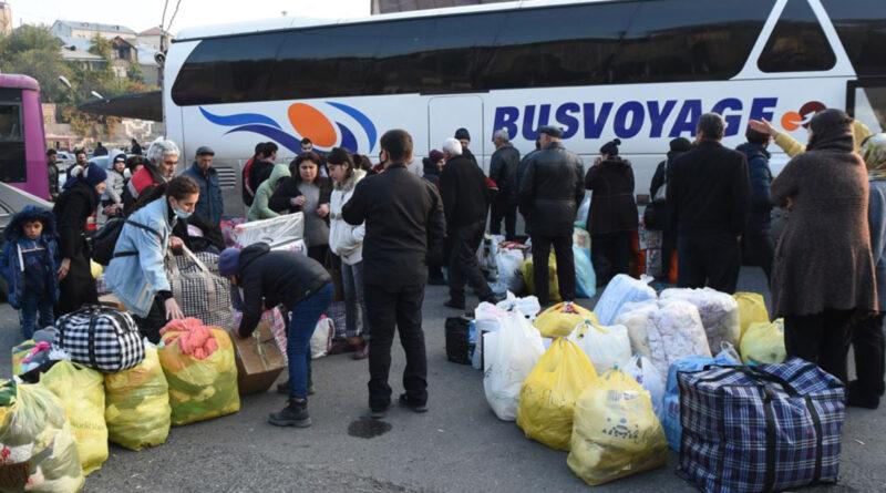 Ռուս խաղաղապահների ուղեկցությամբ ԼՂ է վերադարձել 649 փախստական․ ՌԴ ՊՆ