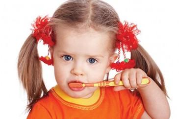 Ինչպես ճիշտ մաքրել ատամները
