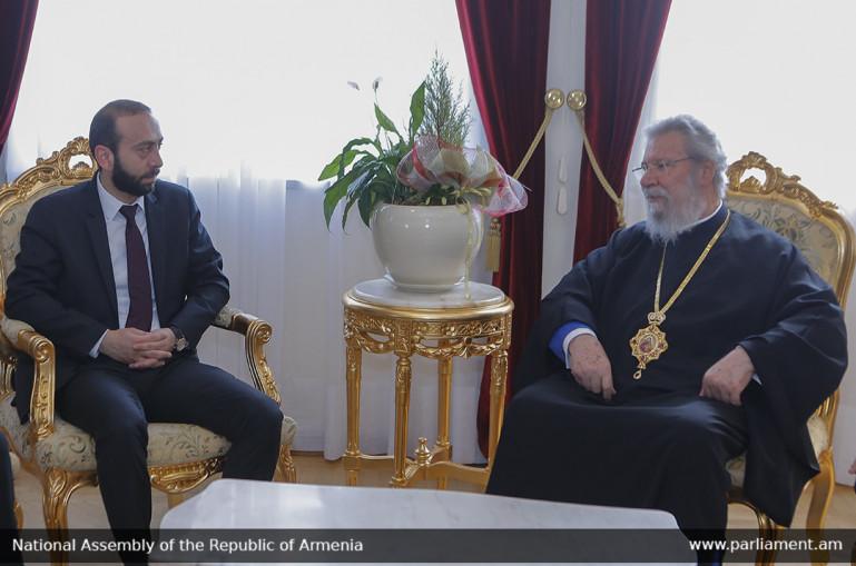 Արարատ Միրզոյանը հանդիպել է Համայն Կիպրոսի Արքեպիսկոպոս Խրիզոստոմոս Երկրորդի հետ