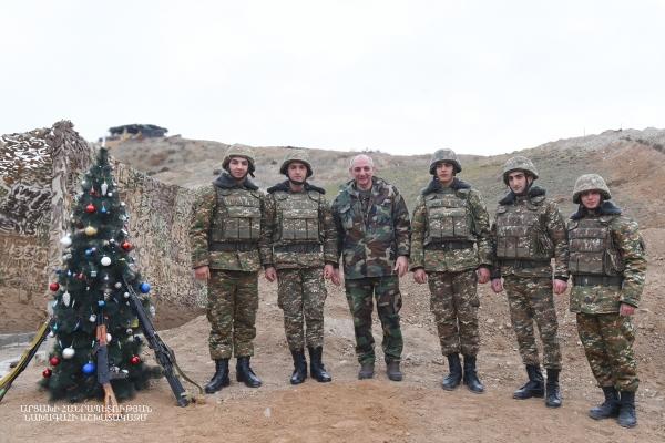 Արցախի նախագահն այցելել է Արցախի ու Ադրբեջանի սահման (լուսանկար)