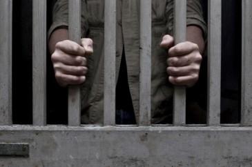 Պաշտոնատար անձանց անփութության հետևանքով կալանավորը դատարանից դիմել է փախուստի
