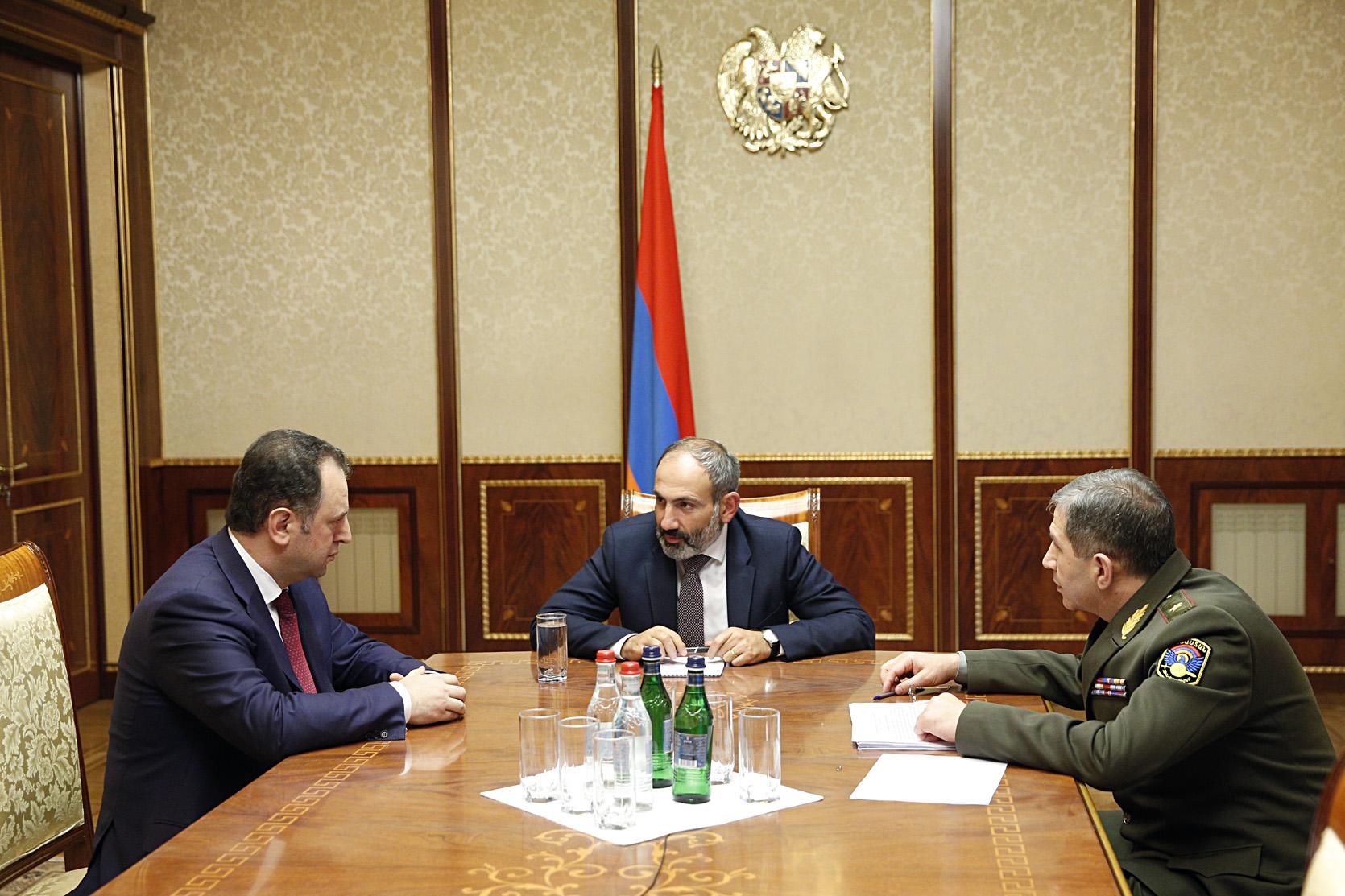 Վիգեն Սարգսյանը  վարչապետ Փաշինյանին զեկուցել է արտաքին անվտանգության հետ կապված իրավիճակը