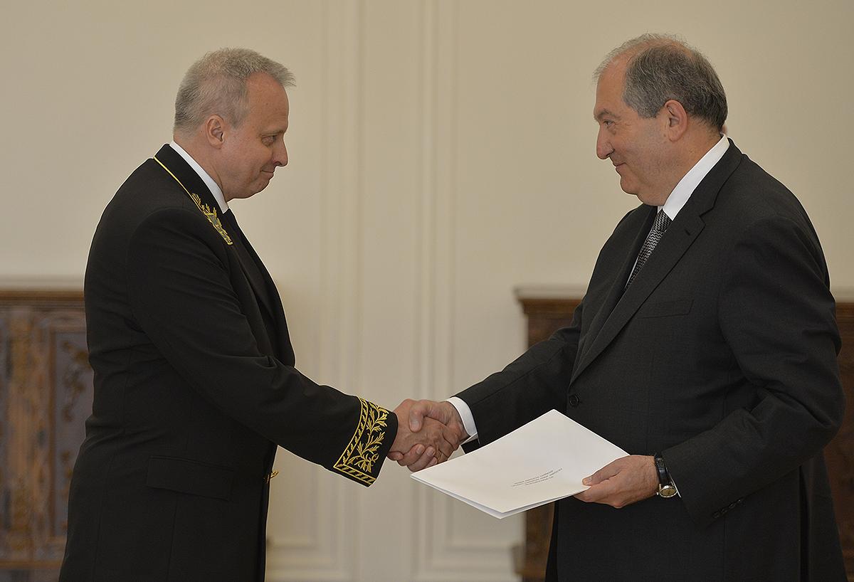 Արմեն Սարգսյանին հավատարմագրերն է հանձնել Հայաստանում Ռուսաստանի նորանշանակ դեսպանը