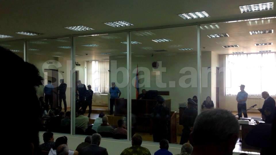 «Սասնա ծռեր» խմբի 11 անդամները ազատ չարձակվեցին. աջակիցները փակել են Արշակունյաց պողոտան