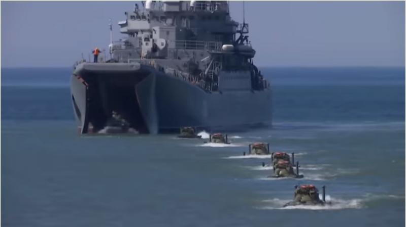 Ռուսաստանը ցուցադրել է Բալթյան նավատորմի ողջ հզորությունը (տեսանյութ)