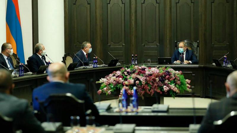 Հուլիսյան դեպքերը ցույց տվեցին, որ Հայաստանի հետ պետք չէ խոսել ուժի և սպառնալիքի լեզվով. վարչապետն ընդունել է Արցախի ԱԺ պատվիրակությանը
