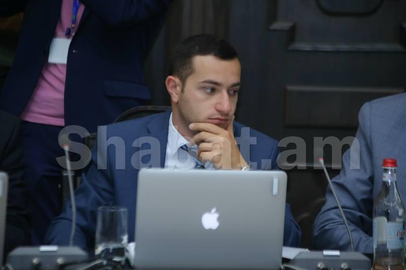 Հայտարարություն բերեք, ցույց տվեք, որ ես Սերժ Սարգսյանի անունը տվել եմ․ սփյուռքի նախարար