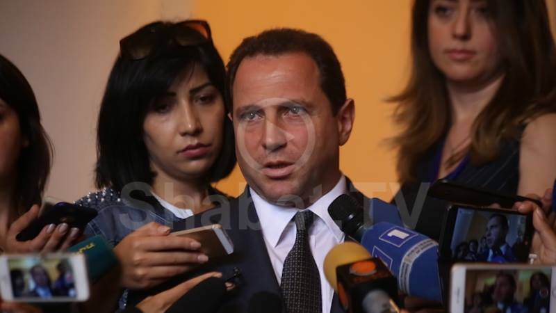 Պաշտպանության նախարարը՝ ադրբեջանական զորքի տեղաշարժման մասին