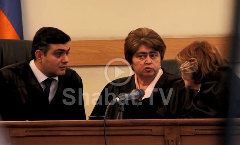 Իրենք իրենցով չեն կարողանում առաջնորդվել․ փաստաբանը՝ դատավորների մասին