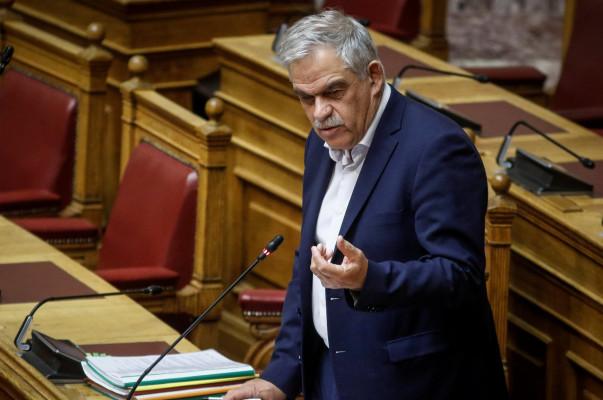 Հրշեջ ծառայության համար պատասխանատու հույն նախարարը վերջին հրդեհներից հետո հրաժարական է տվել