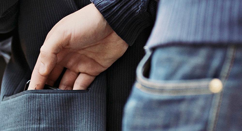 Գրպանահատության դեմ պայքարող ոստիկանների հերթական բացահայտումը