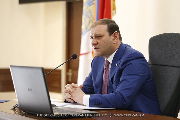 Քաղաքապետը հանձնարարել է խստացնել վերահսկողությունը դպրոցների և մանկապարտեզների հակահրդեհային նորմերի ու տեխնիկական անվտանգության պահանջների պահպանման նկատմամբ
