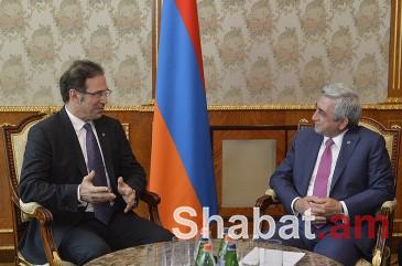 Սերժ Սարգսյանն ընդունել է «Մայքրոսոֆթ» ընկերության փոխնախագահին