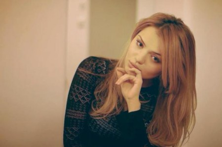 Անժելա Մկրտչյանի գեղեցկուհի քույրիկը Instagram-ում (լուսանկարներ)