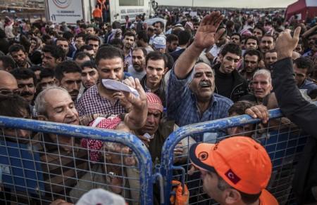 Մոտ 100 զինյալներ ամեն օր անցնում են Թուրքիայի սահմանը փախստականների անվան տակ