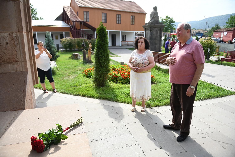 Դսեղում ոչ միայն Թումանյանի շունչն էր, այլև՝ սիրտը. նախագահ Սարգսյանն այցելել է Ամենայն հայոց բանաստեղծի ծննդավայր