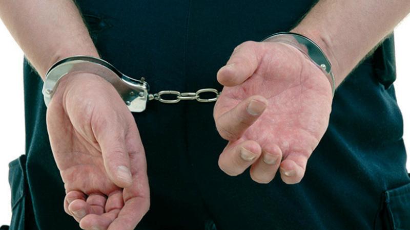 Դատախազի նկատմամբ բռնություն գործադրելու սպառնալիքի և նրա գույքը դիտավորությամբ ոչնչացնելու համար մեղադրանք է առաջադրվել քաղաքացուն. նա կալանավորվել է. ՔԿ