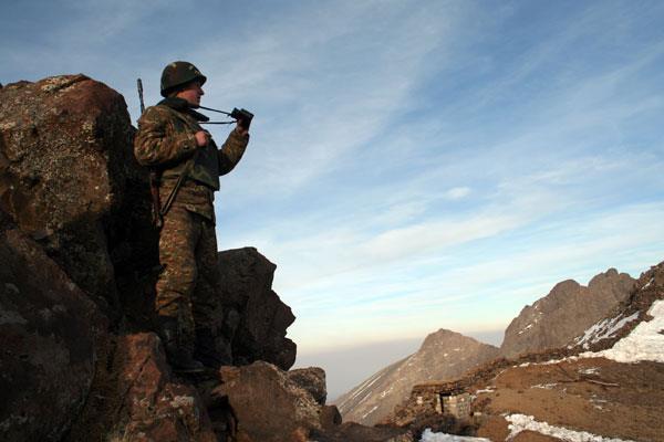 Ադրբեջանական զինուժի առաջապահ ստորաբաժանումները շարունակել են կիրառել խոշոր տրամաչափի զինատեսակներ