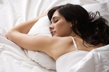 Կանայք տղամարդկանցից շատ պետք է քնեն