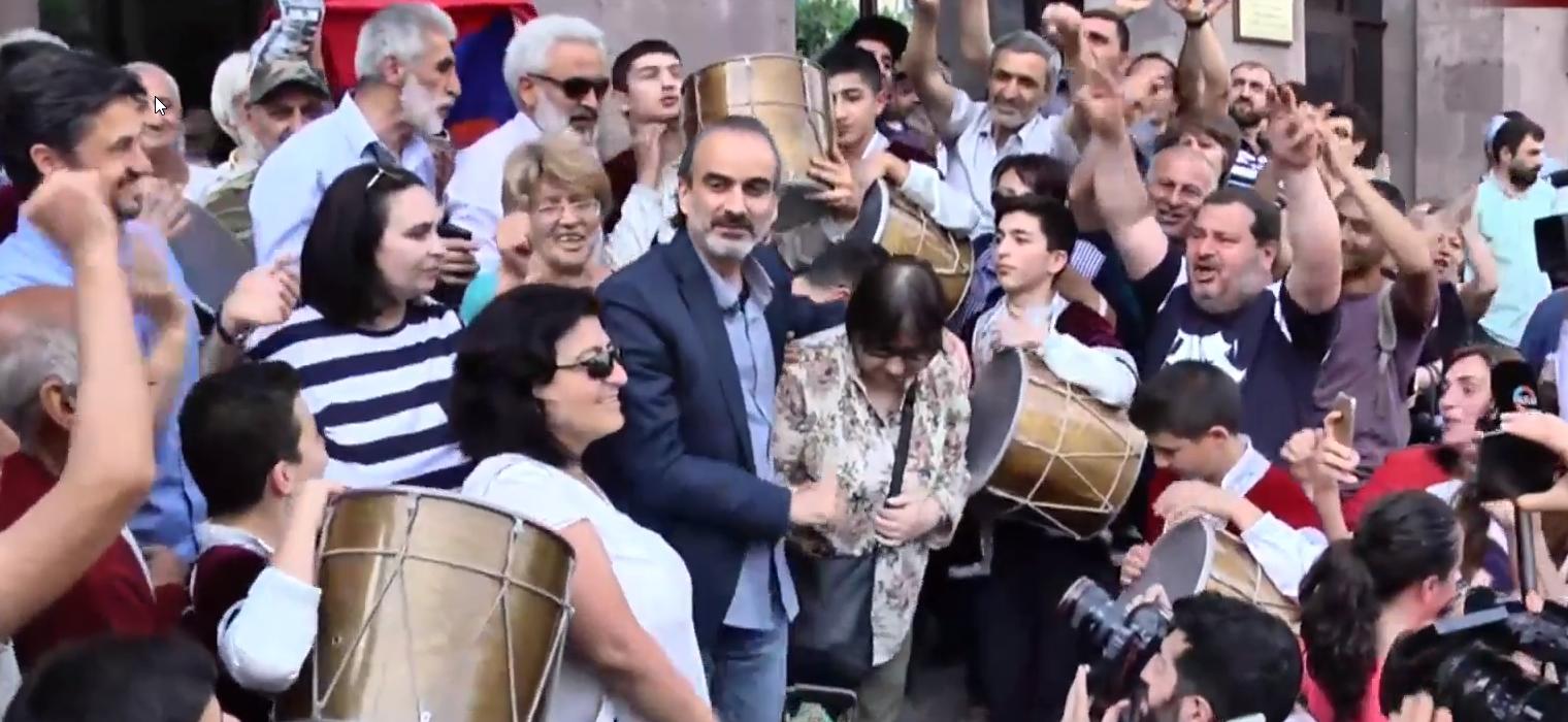 Ժիրայր Սեֆիլյանն ազատ է արձակվում դատարանից․ տեսանյութ