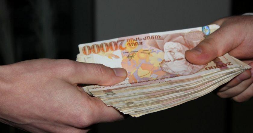 Փոքր Վեդու համայնքապետը եղբորը գրանցել է որպես վարորդ և յուրացրել աշխատավարձը. պետությանը պատճառվել է 5.6 մլն դրամի վնաս (տեսանյութ)