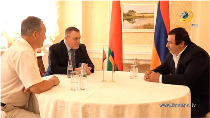 Գ.Ծառուկյանը Մինսկում հանդիպել է «Բելայա Ռուս» միավորման նախագահ Գ.Դավիդկոյի հետ