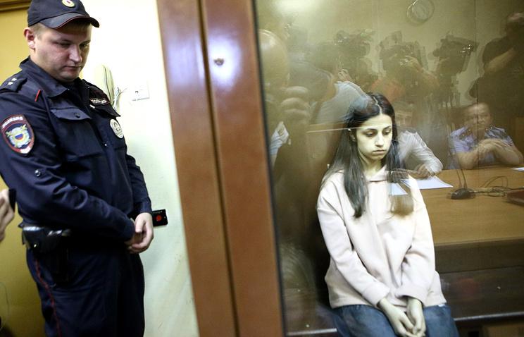 Շրջանառվում  է Խաչատուրյան քույրերի՝ իրենց հորը սպանելու հնարավոր վարկածը