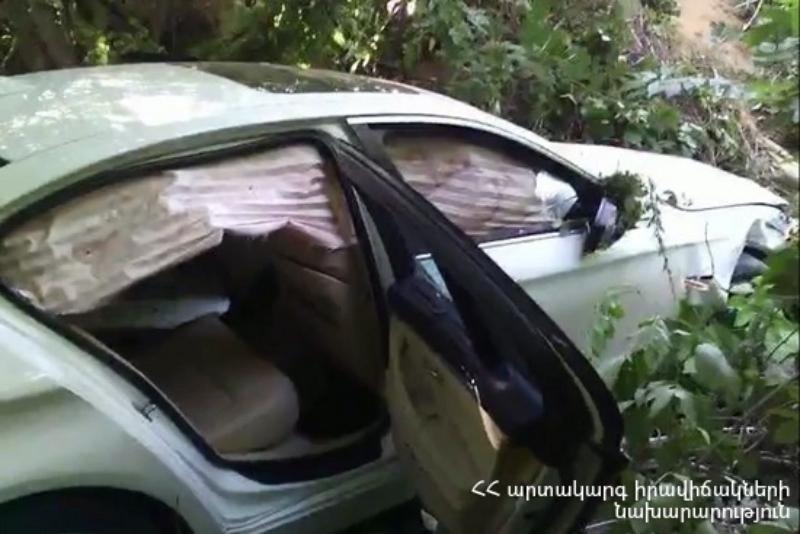 Կապան-Մեղրի ավտոճանապարհից ձորը սահած ավտոմեքենայի ուղևորը հոսպիտալացվել է (տեսանյութ)
